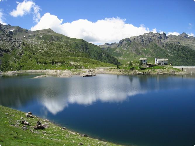 Lago pescegallo for Planimetrie della piccola casa sul lago
